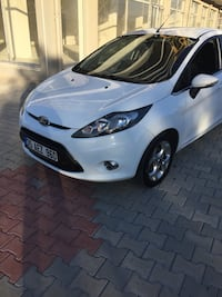 Ford - Fiesta - 2012 mylife 8471 km