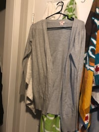 Women sweater size median  Winnipeg, R3J 1S4