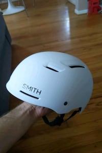Smith axle mips bike helmet Burbank, 91505