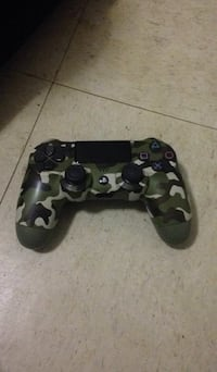 black and gray camouflage Sony PS4 controller Dover, 19904