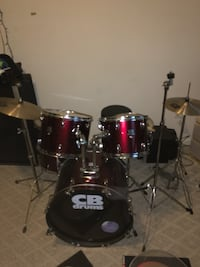 Like new drum set. Added extra skin covers