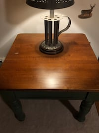 Night stand excellent condition  282 mi