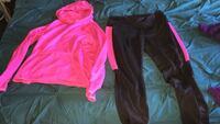 Danskin fleece lined hoodie & leggings. L/XL Surrey, V4A