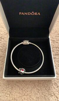Pandora Bracelet *negotiable* London, N6H 1W3