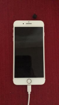 Gold iphone 6 Nashua, 03063