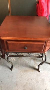brown wooden single-drawer end table Leesburg, 20175