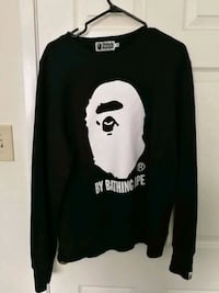 bape crew neck XL fits like large.