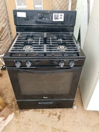 whirlpool stove and oven.
