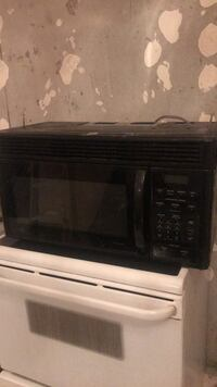 "Microwave 30"" with Bottom Range Fan - Clean Toronto, M6M 5B3"