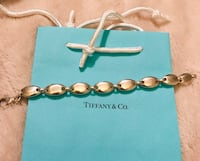Authentic Tiffany's solid pebble oval link bracelet Silver Spring, 20904