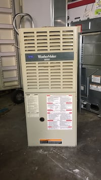 Gas furnace Carrier 80+% 80.000 BTU used Working good