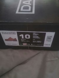 black Dakota shoe box Calgary, T2M 1X4