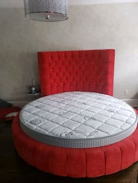 Round king size bed with mattress Toronto