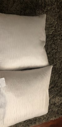 Feather down pillows 18x18 Concord, 94519