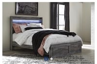 ***NEW CONDITION (Queen) 4PC PLATFORM STORAGE BED For sale*** New Orleans, 70125
