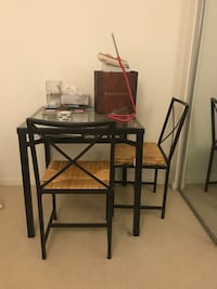 table and chairs 里士满, V6X