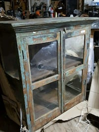 """Armoire 46""""x 22"""" H 50"""""""