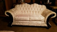 white and gray fabric 2-seat sofa Suitland-Silver Hill, 20746