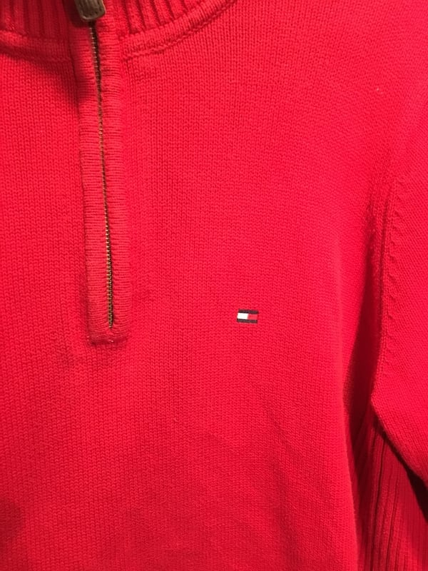 Tommy Hilfiger sweater 1