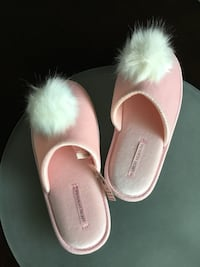 Victoria Secret House Slippers / Shoes Pink New
