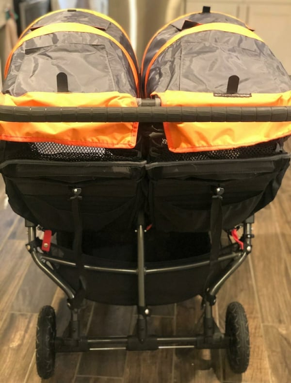 Double stroller in excellent condition (City Mini GT) 1