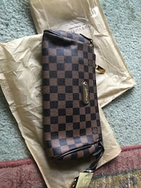 Louis Vuitton purse Carrollton, 75006