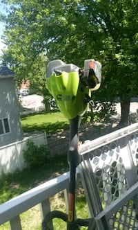 green and black Poulan Pro gas string trimmer Montréal, H1A 3Y4