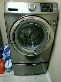 gray front-load clothes washer
