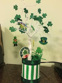 St Patrick's Day Decor Longs, 29568