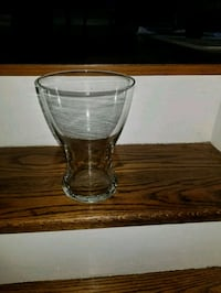 5 glasses used for bridesmaids flowers  550 km