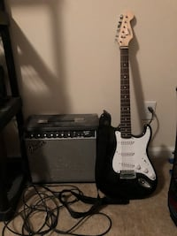 Fender squire bullet strat guitar with fender amp and cords Leesburg, 20176