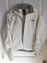 North Face Women's new Jacket size: M Gatineau, J9J