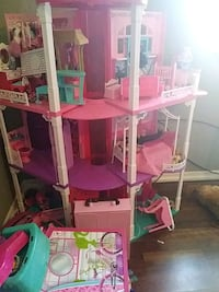 white and pink dollhouse Lebanon, 37087