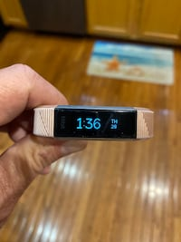 Fitbit Alta HR Chantilly, 20152