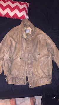 Brown leather zip-up jacket Greenville, 29609