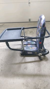 Travel Feeding chair that hooks to table McLean, 22101