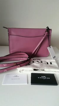 Coach soho tea rose crossbody bag  Toronto, M2M 3X4
