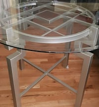 Glass dining table-Quality Table