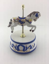 Mr. Christmas Musical Carousel Horse (like new) Hand painted porcelain. Bergenfield, 07621