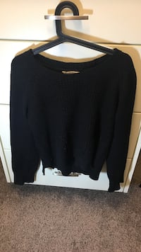 Bluenotes sweater  Calgary, T3H 0T4
