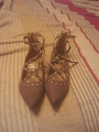 pair of brown leather pointed-toe heels Fresno, 93722