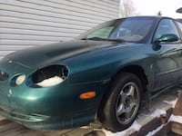 Ford Taurus 1997 for parts Airdrie, T4B 3H2
