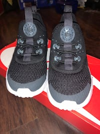 KIDS HUARACHE SHOES SIZE:9C