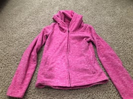 Bench hoodie size small