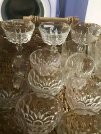 clear cut glass punch bowl set Delta, V4E 1V6