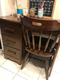 Solid Wood Dark Oak Desk with Chair  Excellent Condition!  VIEW MY OTHER ADS!!! Toronto