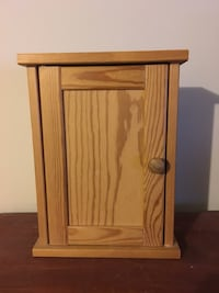 Wooden key nook/rack  Maple Ridge, V2X 6E4