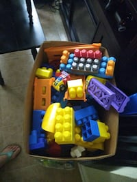 Box of large Lego blocks Baton Rouge, 70809