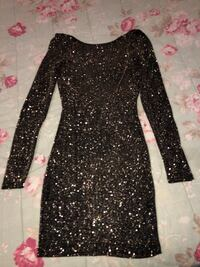 Black/gold glittery dress | Size Small but it is stretchy  West Sacramento, 95691