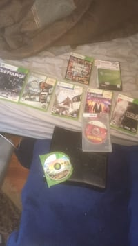Xbox 360 console With GTA 5 Skate 3, Assassins Creed , Dead space 3, Borderlands, Bulletstorm, Dead Rising, Medal Of Honor & Defiance